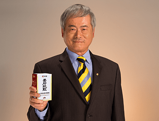 Dr. Lee Sheng-Pu takes SP Pro-liver powder